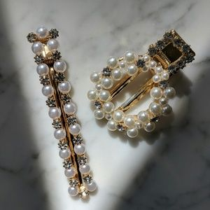 Accessories - Set of 2 Vintage Style Pearl Barrettes Hair Cips